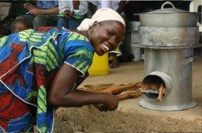 Kolpot Fötökanté, cuiseurs à bois économes (Guinée)